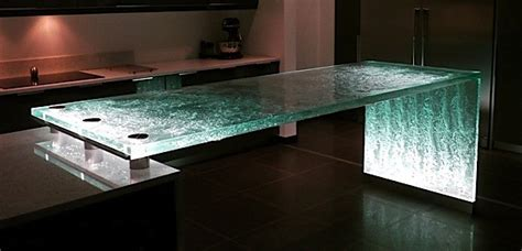 The Pros & Cons of Glass Countertops