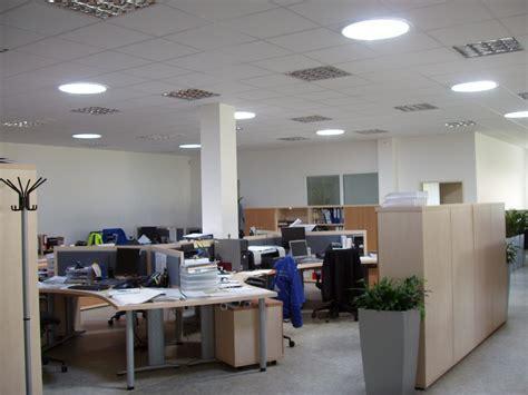 lumiere de bureau puits de lumière et conduit de lumière pour le