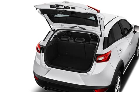 mazda cx  crossover earns iihs top safety pick