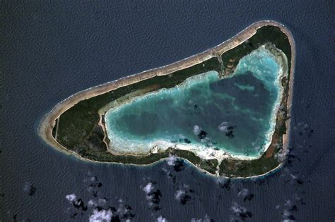 sinking islands global warming global warming causes island nation to sink zdnet