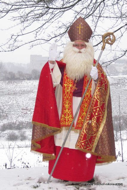 sankt nikolaus st nicholas day santa carving saint