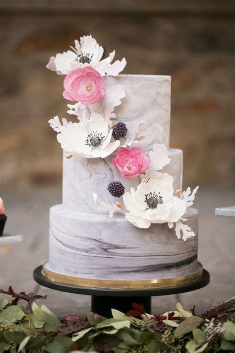 Stunning Marble Wedding Cakes For Your 2016 Wedding