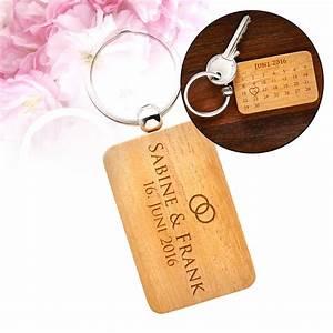Schlüsselanhänger Für Männer Mit Gravur : schl sselanh nger kalender mit gravur hochzeit mit namen ~ Jslefanu.com Haus und Dekorationen