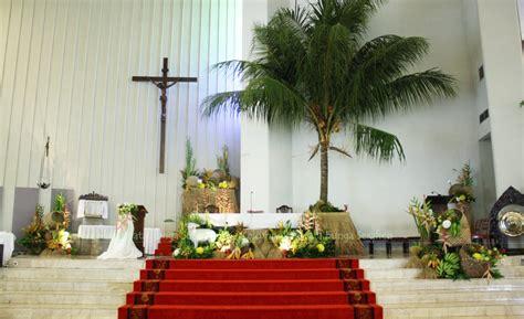 serafien perangkai bunga liturgis dekorasi paska