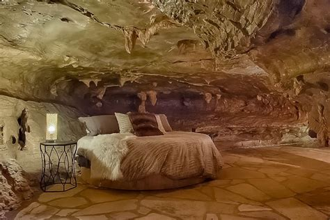 stay   arkansas cave lodge