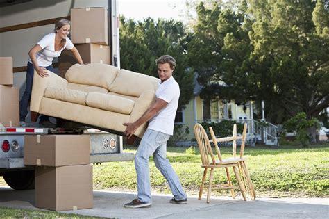 organising a diy house move domain