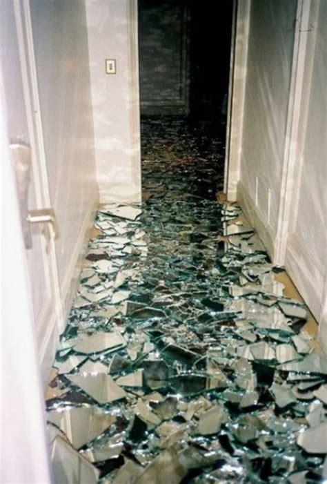 13 Amazing Ideas How to Reuse Your Broken Mirror