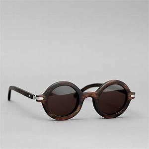 Lunette Soleil Ronde Homme : mode homme les lunettes de soleil en bois sont tendances ~ Nature-et-papiers.com Idées de Décoration