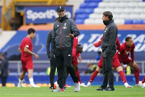 Liverpool 4-0 Crystal Palace: Roy Hodgson gives 'e ...