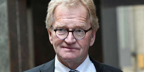 De boer werd donderdag getroffen door een zware hersenbloeding. Oud-voorzitter VNO-NCW Hans de Boer onverwacht overleden ...
