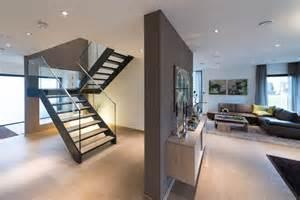 treppe modern treppe mit glas