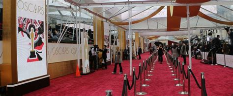 Watch The 2018 Oscars Livestream Carpet Cleaning Pasadena Ca Sag Awards 2016 Red Live Stream Service Auburn Removing Glued Down From Plywood Comfort Carpets Manicure Colors Empire Indianapolis Cookes