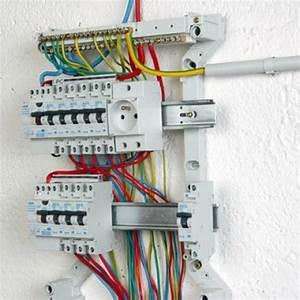 Comment Cacher Un Compteur électrique Dans Une Entrée : comment installer un tableau lectrique pr c bl ~ Melissatoandfro.com Idées de Décoration