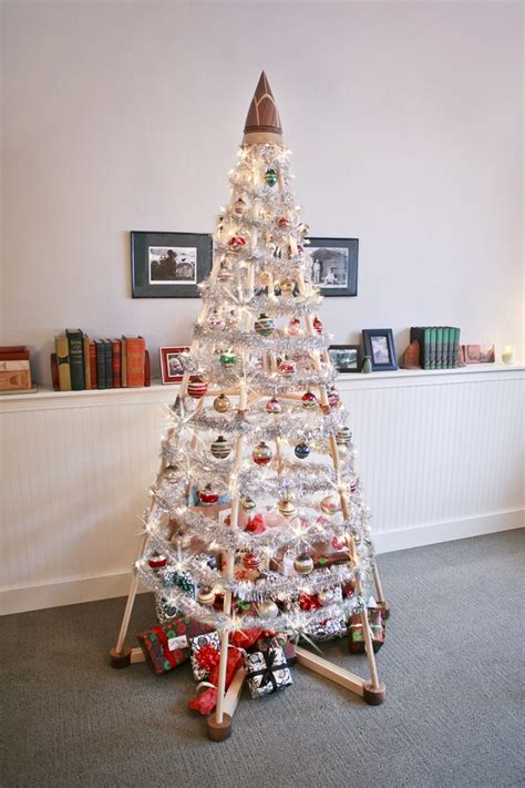 contempory xmas tree toppers to make a new option has emerged for those in search of an