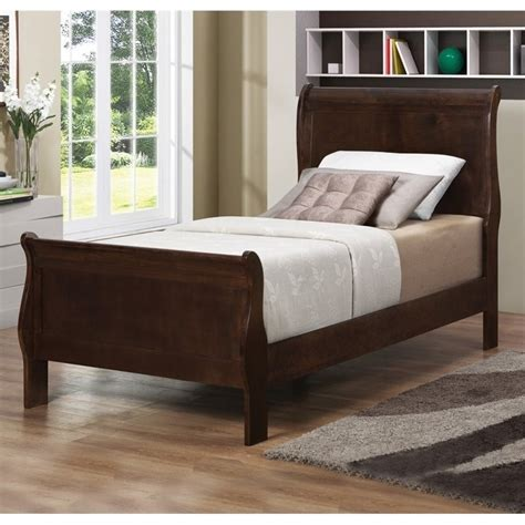 louis philippe sleigh bed coaster louis philippe sleigh bed in cappuccino 202411t