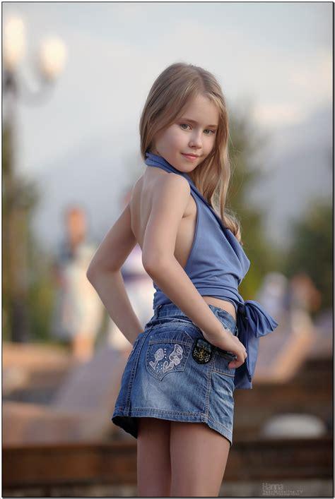 Beautiful Fashion Nonude Models