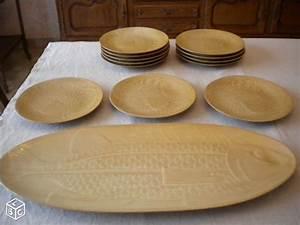 Vaisselle En Grès : ambiance service de table gres village vaisselle maison ~ Dallasstarsshop.com Idées de Décoration