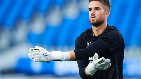 Since then much has changed with players coming and going at both clubs… Liverpool eyeing move for highly-rated Spanish goalkeeper - EPL Scouts