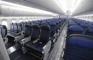 Airlines Getting More Aggressive About Selling Seat