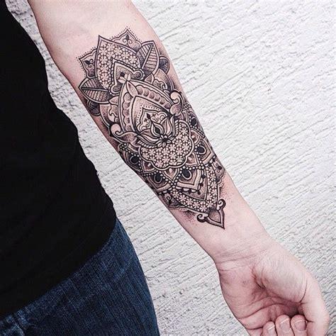 tatouage avant bras femme mandala tatouages  piercings