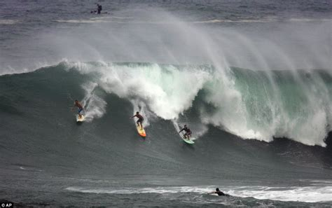 surfs   biggest waves   years   hawaii