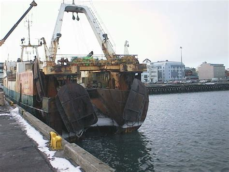 Open Stern Fishing Boat by Trawler Wikipedia Wolna Encyklopedia