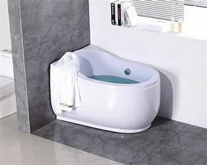 Mini Badewannen Kleine Bäder : simple modern small round bathtubs buy small round bathtubs product on ~ Frokenaadalensverden.com Haus und Dekorationen