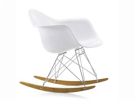 eames chaises buy the vitra rar eames plastic armchair at nest co uk