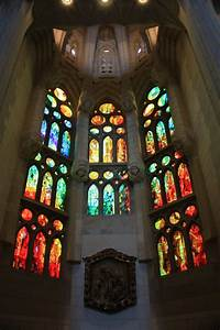 BARCELONA: INSIDE THE SAGRADA FAMILIA ~ Beautiful places ...