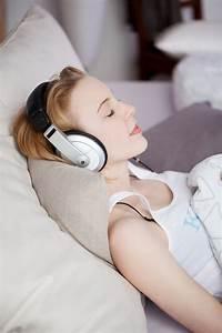 Hausmittel Zum Einschlafen : 9 tipps zum einschlafen techniken hausmittel co lamodula ~ A.2002-acura-tl-radio.info Haus und Dekorationen