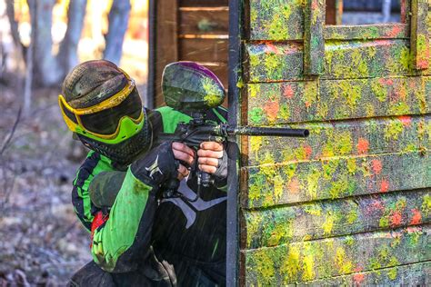 paintball spielen  achern ab  action verschenken