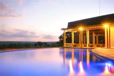 Olievenfontein Private Game Reserve  Vaalwater, South Africa. Burns Art Hotel. Abano Ritz Hotel Terme. Hotel Puente Real. Grand Palais Excelsior Hotel. New Century Grand Hotel Xinxiang. Hotel Mingarden. Verdegreen Hotel. City Reach Apartments