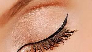 Smokey Eyes Blaue Augen : beauty augen schminken strahlender blick ~ Frokenaadalensverden.com Haus und Dekorationen