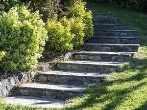 realiser un escalier exterieur leroy merlin With eclairage exterieur pour arbre 1 pose de dalle en pierre sur sablegravier sans dalle beton