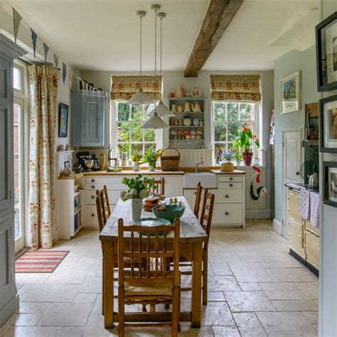 country kitchens photos country kitchen pictures ideal home 3635