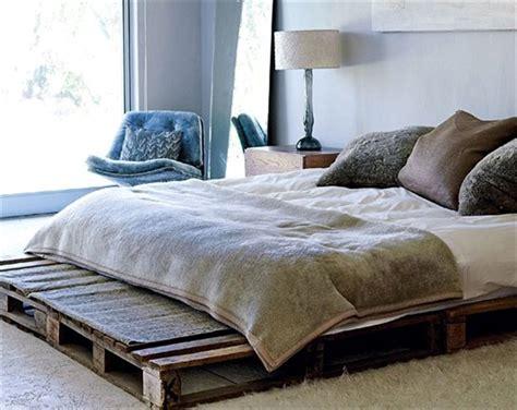 Pallet Bed Frame by 13 Inexpensive Wooden Pallet Bed Frame 101 Pallets