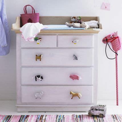 Ikea Griffe Kinderzimmer by Bunte Griffe Machen Die Wickelkommode Einzigartig Baby