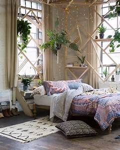 Bedroom Basics From Urban Outfitters Glitter Magazine