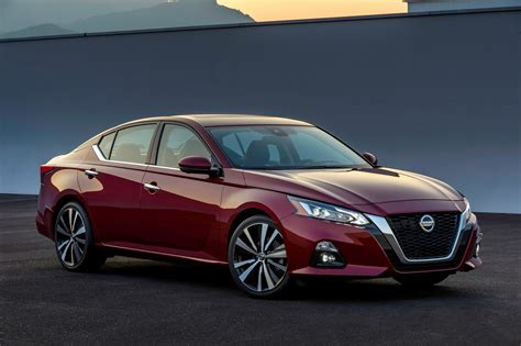 2019 Nissan Altima Debuts In New York With 2liter Turbo