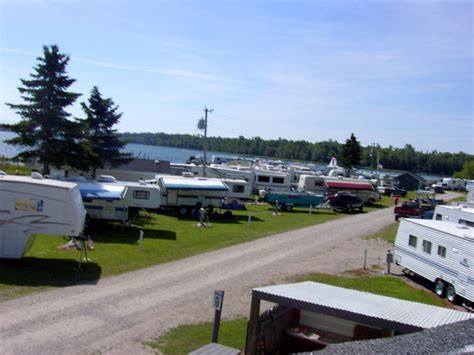 Boat Rental Cedarville Mi by Cing Cedarville Rv Park Information For Cing