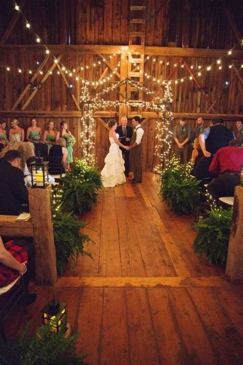 barn wedding ideas   melt  heart deer
