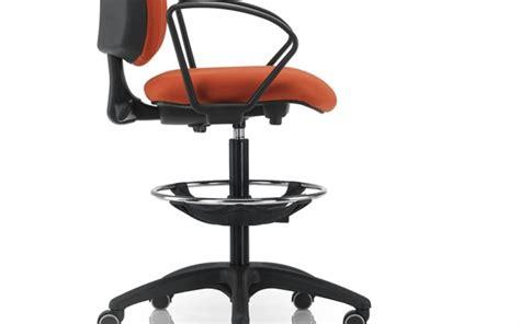 Sgabello Ergonomico Ikea by Sgabelli Per Reception Cerchi Sgabello Di Design Per