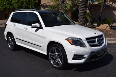For drivers, simply sitting inside the glk is quite comfortable and provides its own degree of luxury. 2014 Mercedes-Benz GLK-Class - Pictures - CarGurus