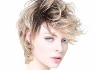 modã le de coupe de cheveux nos idées de coupes et coiffures pour visage rond femme actuelle