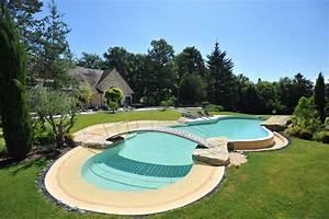 piscine forme libre en beton diffazur piscines With forme de piscine creusee