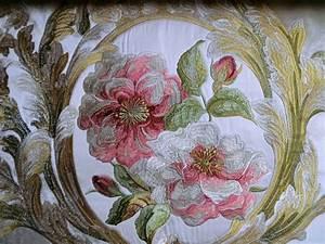 Stoff Mit Blumen : gardinenstoffe vorhangstoffe edler samt mit rosen bestickt online kaufen ~ Watch28wear.com Haus und Dekorationen