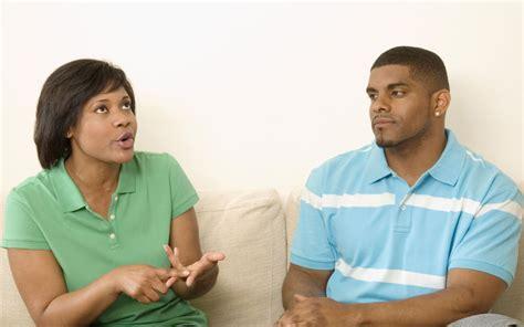 6 Ways To Approach An Awkward Relationship Talk