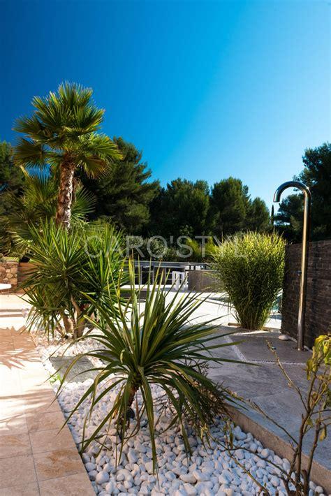 Decorer Son Jardin Avec Des Galets. Stunning Amazing Deco