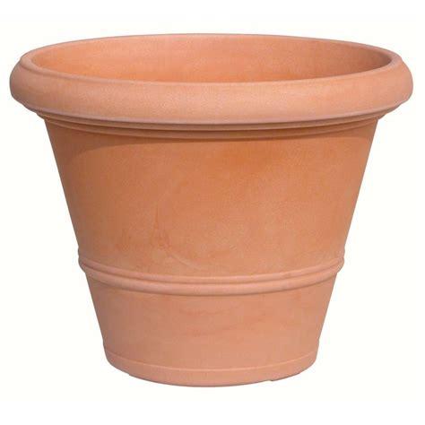 terra cotta planters marchioro 19 75 in dia terra cotta plastic cuenca