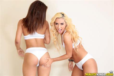 Sexy Latina Porn Star Threesome Videos - Guys Nightlife